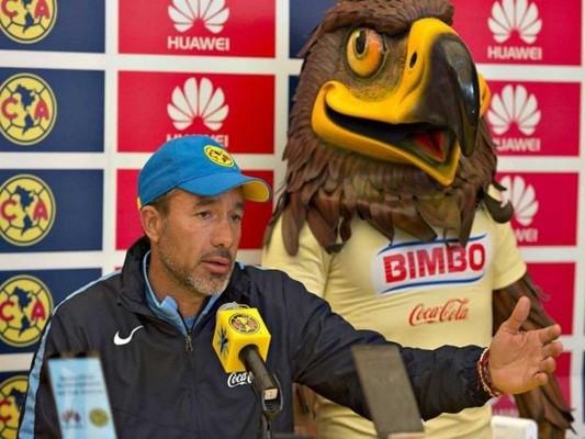 Regla 18:¿Por qué Gustavo Matosas defiende a los árbitros mexicanos?