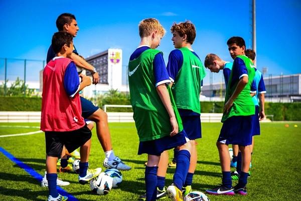 Pases de futbolistas niños, ahora la FIFA exige certificado de transferencia internacional