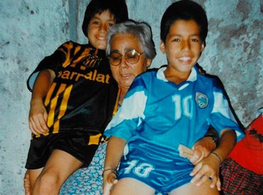 """Luis Suárez: """"Nunca me faltó un plato de comida, pero fue algo complicado"""""""