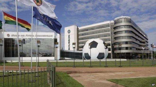 Clubes de fútbol uruguayos insisten con denuncia contra la Conmebol
