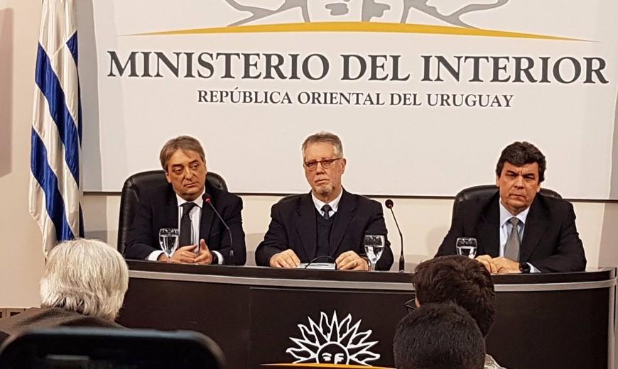 CONFERENCIA:La AUF y los clubes miran para otro lado cuando hay que hablar de seguridad en las canchas, según el Ministerio del Interior