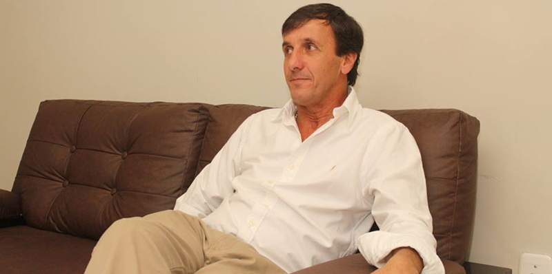 Gustavo Bares, de chofer de Juan Chiruchi al sillón presidencial de la OFI
