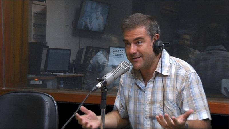 Mario Bardanca denunciando al poder del fútbol uruguayo y del mundo