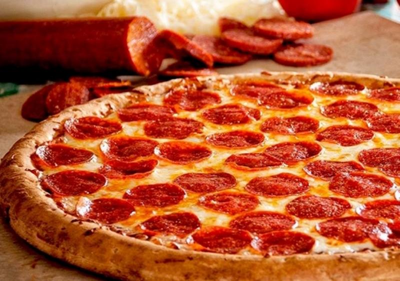 "A comer!!. ""Segunda Pizza solidaria"" del Rotary Club Rivera Fortín"