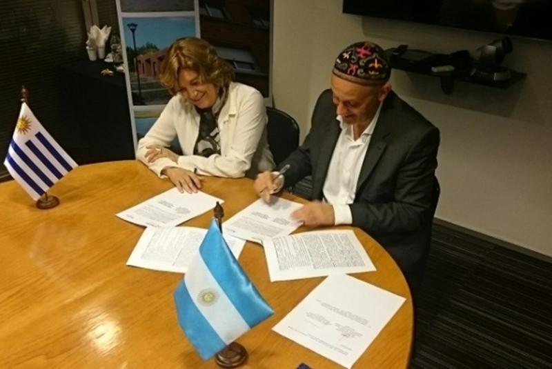 Ministros de Ambiente de Uruguay y Argentina, en ocasión del lanzamiento del monitoreo del Río Uruguay