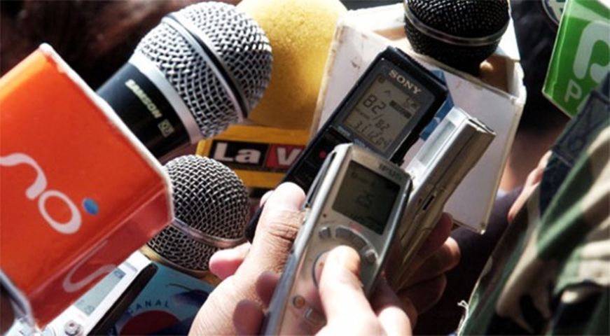 Hay amenazas a la libertad de expresión en el ejercicio de la profesión periodística en Uruguay