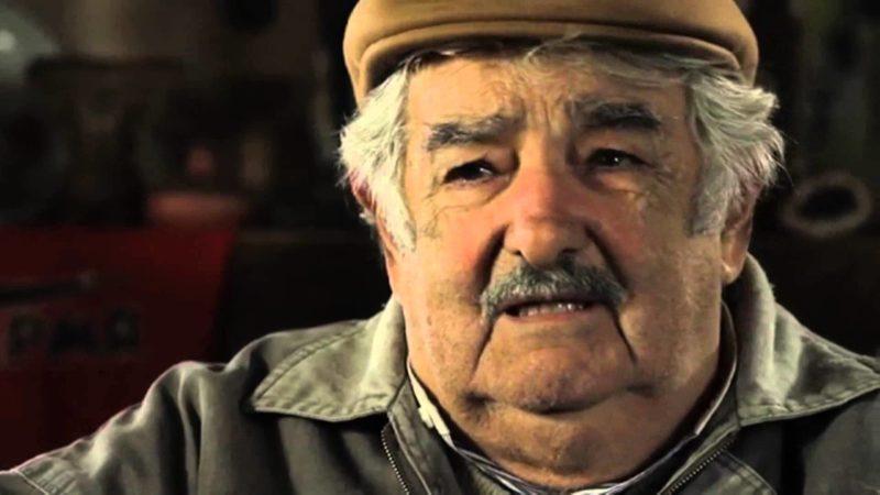"""""""Mujica es como esos cuadros impresionistas que nadie entiende pero todos elogian"""""""