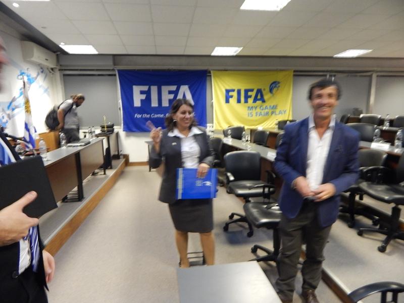 Por hablar de más… La OFI pediría a sus clubes no negociar futbolistas con destino a Racing Club Montevideo