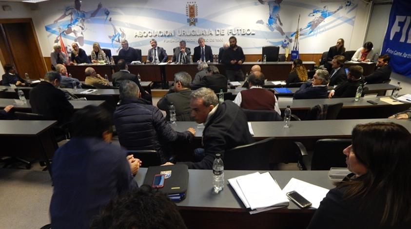 Desde la OFI ya estudian acciones civiles, penales y éticas en la Justicia, ante la AUF y FIFA, contra el presidente de Racing de Montevideo