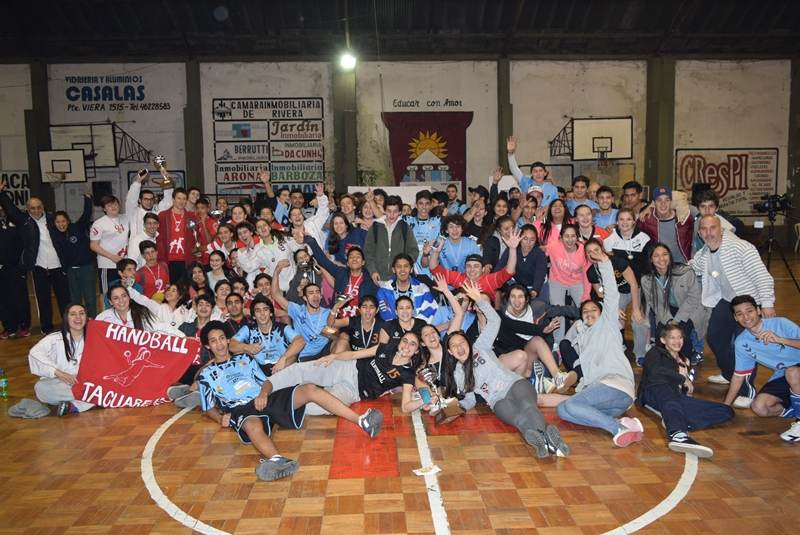 Las finales del primer Torneo de la Liga del Norte de Handball, masculino y femenino, jugado en Rivera