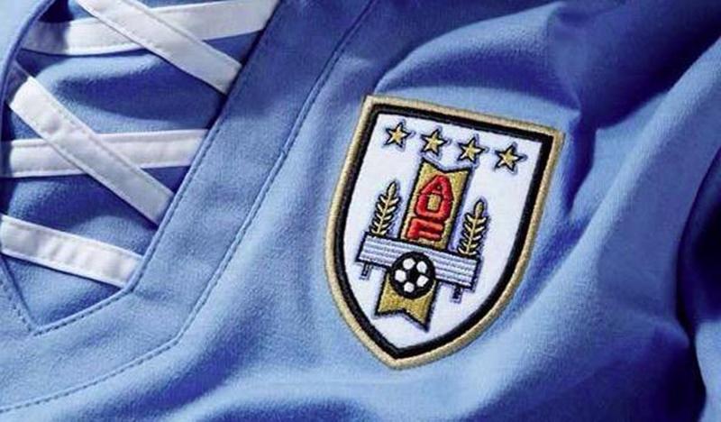 Ahora es obligatorio que todos los partidos oficiales de la selección uruguaya de fútbol y básquetbol sean emitidos al menos por un canal de televisión abierta