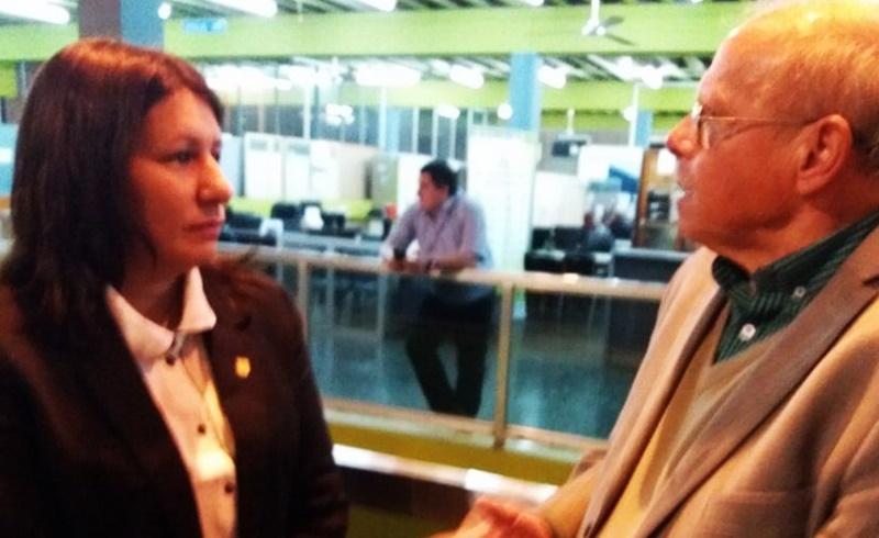 (Audio) Una mujer con presencia Valiente en la AUF:»Estoy sorprendida porque no quieren en la AUF la presencia del delegado de FIFA y de que no fuera invitado»