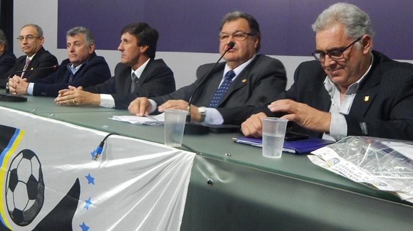Los grandes del fútbol uruguayo, no quieren a la OFI a su lado en el nuevo Ejecutivo de la AUF