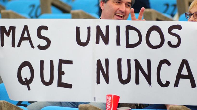 Voceros de #MásUnidosQueNunca: «De repente pensaban que éramos unos loquitos sueltos que veníamos de la mano de [Diego] Godín y [Diego] Lugano, y eso no es así»