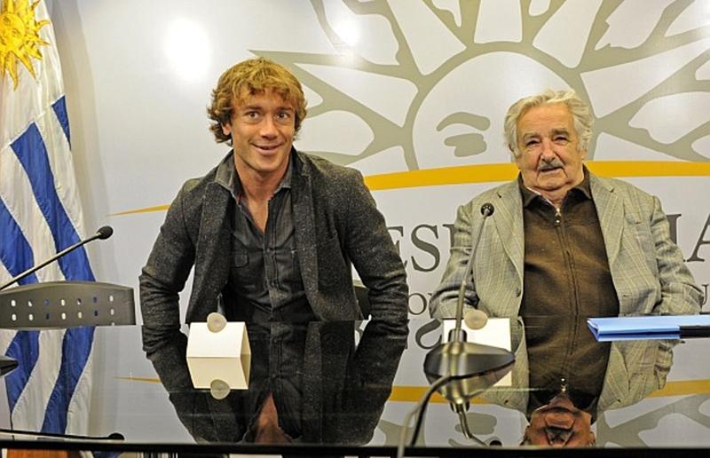 Godín, Lugano, el Paco, el Pepe y los periodistas