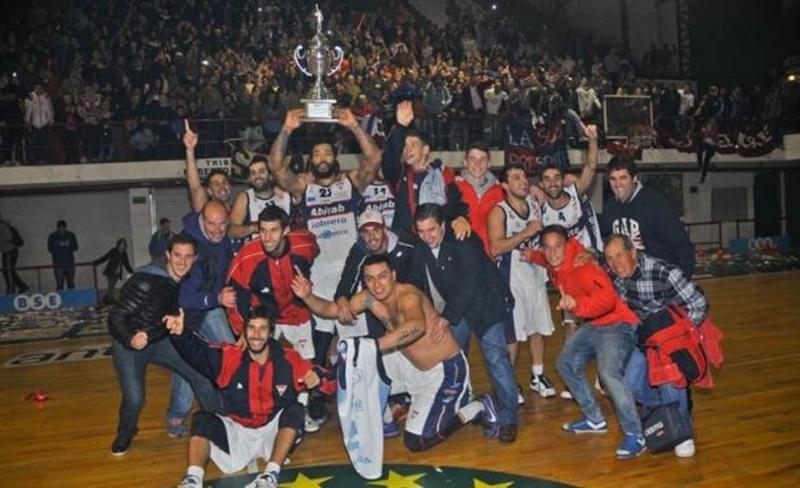 Sagayo ascendió y regresó a la Liga Uruguaya de Básquetbol