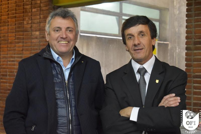 """La vergonzosa prensa cuestionada por Gustavo Bares:""""La verdad yo cuento esto y se estarán riendo, dirán que estoy inventando, pero es la verdad de lo que se dijo de parte de dirigentes del fútbol uruguayo a FIFA"""""""