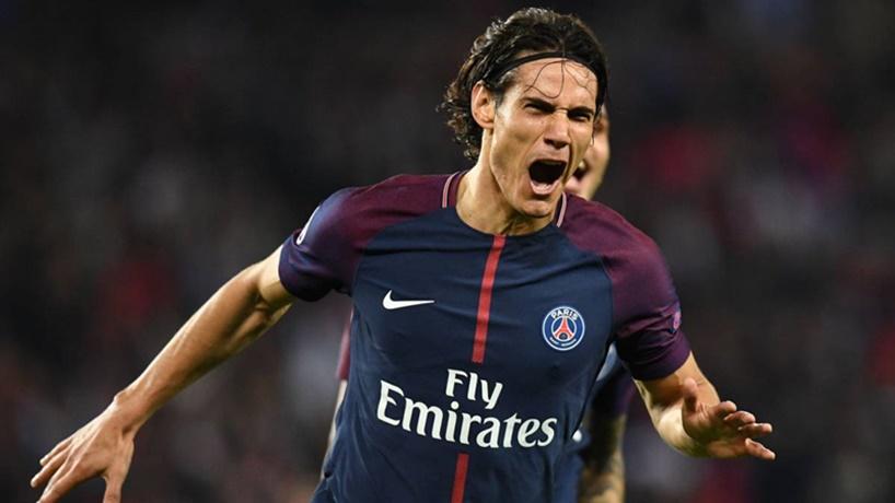 """Para una leyenda del fútbol francés, es """"Uno del montón"""", el salteño Edison Cavani en el PSG"""