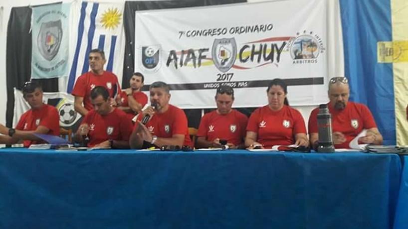 """(Audio) Respuesta rigurosa del Congreso AIAF:"""":""""Lo que hace Néstor Izquierdo, es muy poco serio. Todo el Congreso estuvo molesto. El hombre atacó directamente a la institución"""""""