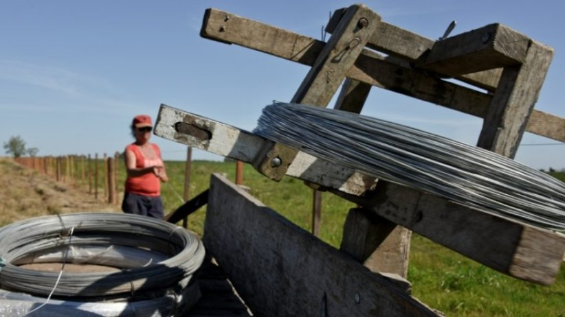La única mujer alambradora del Uruguay existe y reside en San José
