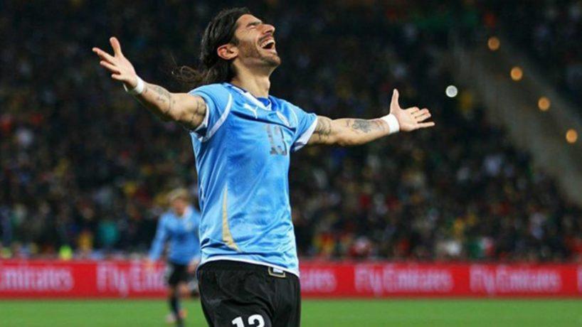 """Sólo un loco como el minuano Abreu, podía llegar al """"récord Guinness"""" del fútbol"""