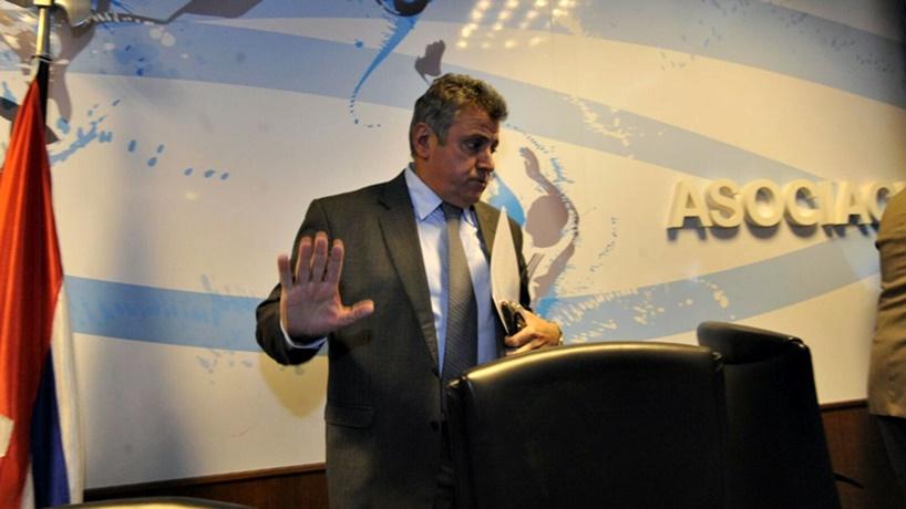 Para la mano:Ahora el presidente de la AUF, quiere otra Copa Uruguay, y desvía el tema integración del fútbol