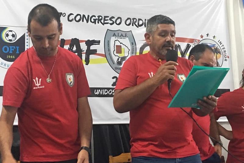 """El árbitro Walter Brajús, """"el duro"""" de pelar para la OFI"""