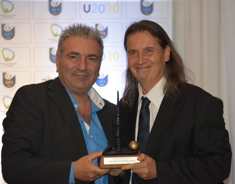 """""""El camaleón"""", que fue premiado por el Ejecutivo de la OFI, en acuerdo con el Círculo de Periodistas Deportivos del Uruguay"""