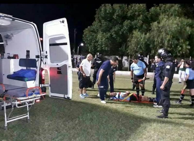 (Audio) Infraganti relato: de periodistas de Young festejando la brutal agresión contra el árbitro Fernando Di Maggio