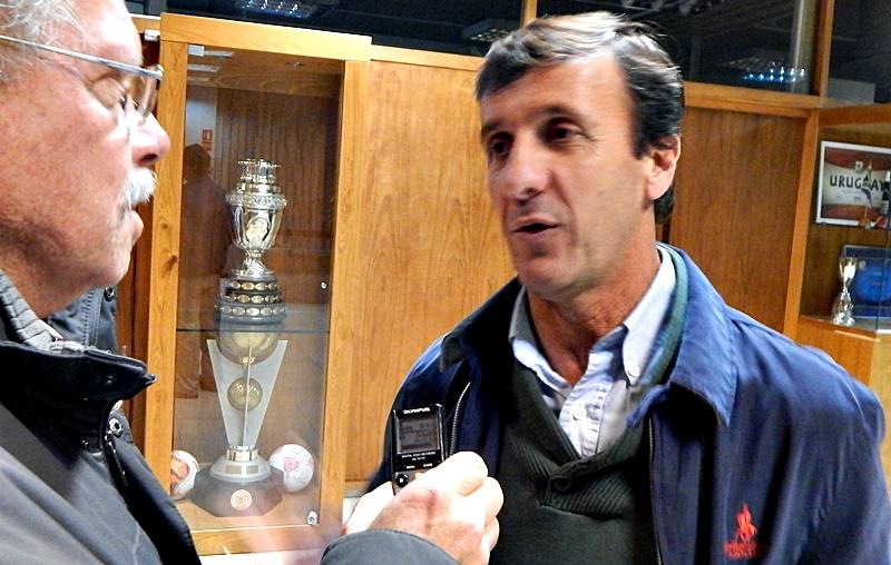 ¿Qué le dijo en la sede de la OFI, el presidente Gustavo Bares a los presidentes de los clubes A, sobre la empresa Tenfield?