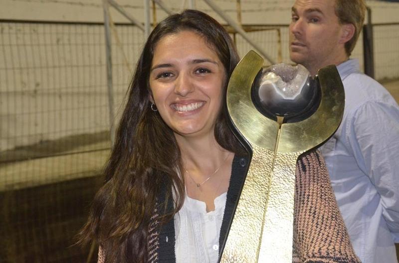 """El mejor Durazno con perfume de mujer:""""Hace unos días el presidente Bares nos habló de que OFI va empezar a trabajar en un Campeonato Nacional de Selecciones Femenino"""""""