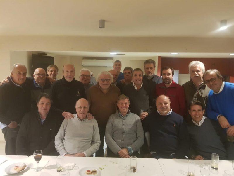 El mejor presidente de la historia de la AUF, tuvo su cena de honor organizada por dirigentes del fútbol uruguayo