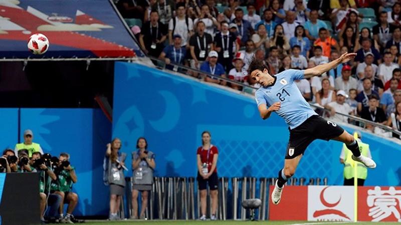 El Matador Cavani terminó con la vida de Cristiano en el Mundial
