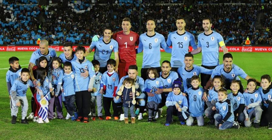 Rumbo a Rusia: Uruguay venció a Uzbekistán 3-0