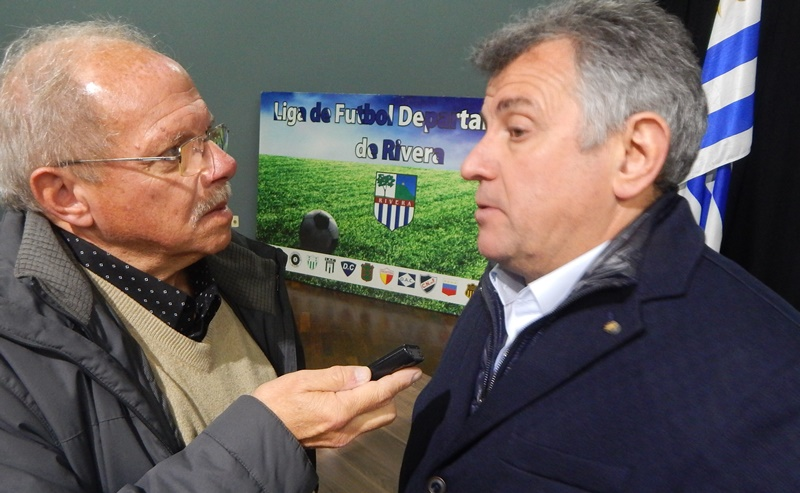 ¡Qué lindo que es el fútbol, en el Uruguay! Wilmar Valdez decidió no presentarse al acto electoral de la AUF, y no quiso dar más detalles de su postura