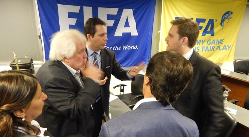 Arriban representantes de FIFA para ultimar detalles para la votación del nuevo estatuto del fútbol uruguayo