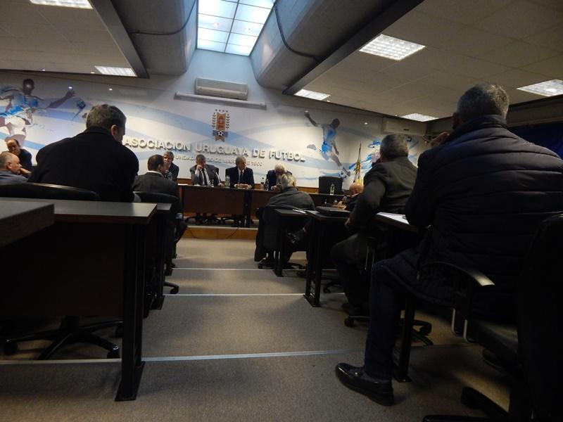 INTERVENCIDOS: Ahora parece que en el futuro Ejecutivo de la AUF, no tendrá cabida la dirigencia de la OFI