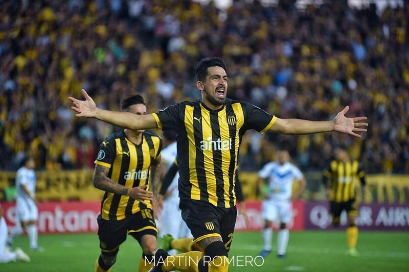 Peñarol 4 – 0 San José de Oruro, y todo favorable para los aurinegros