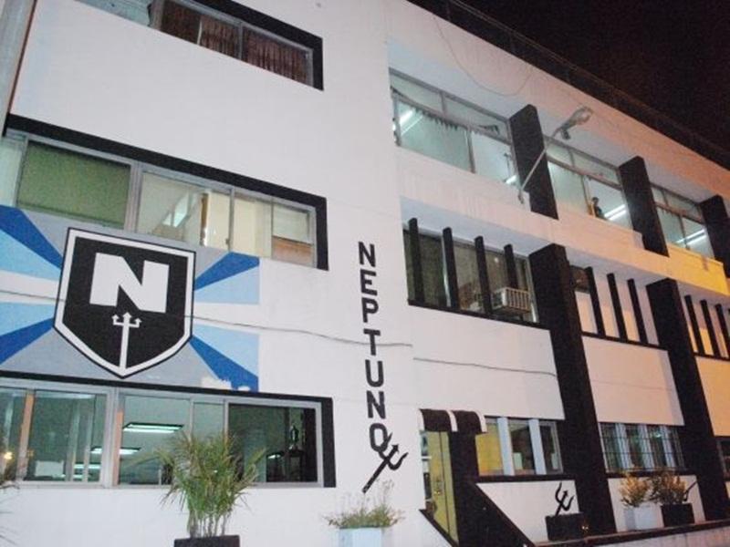 Todo un símbolo, se fundió y cerró el club Neptuno