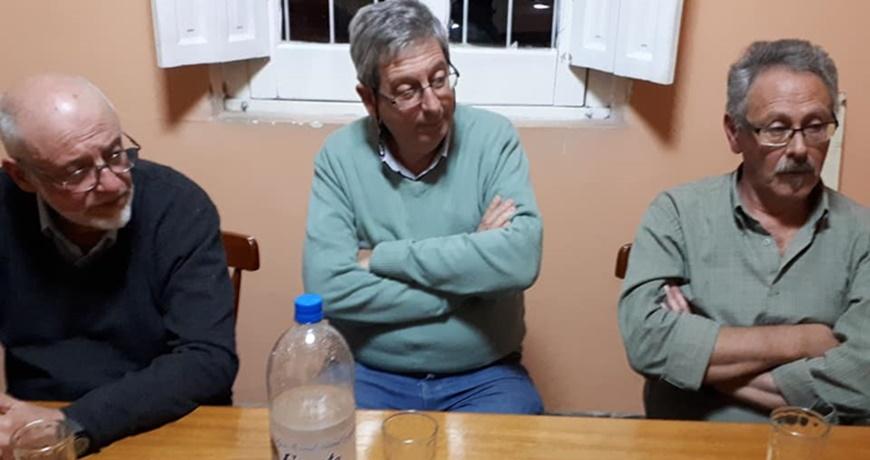Gonzalo Abella y el diputado Eduardo Rubio inauguraron su sede política y se reunieron con los maestros de Rivera
