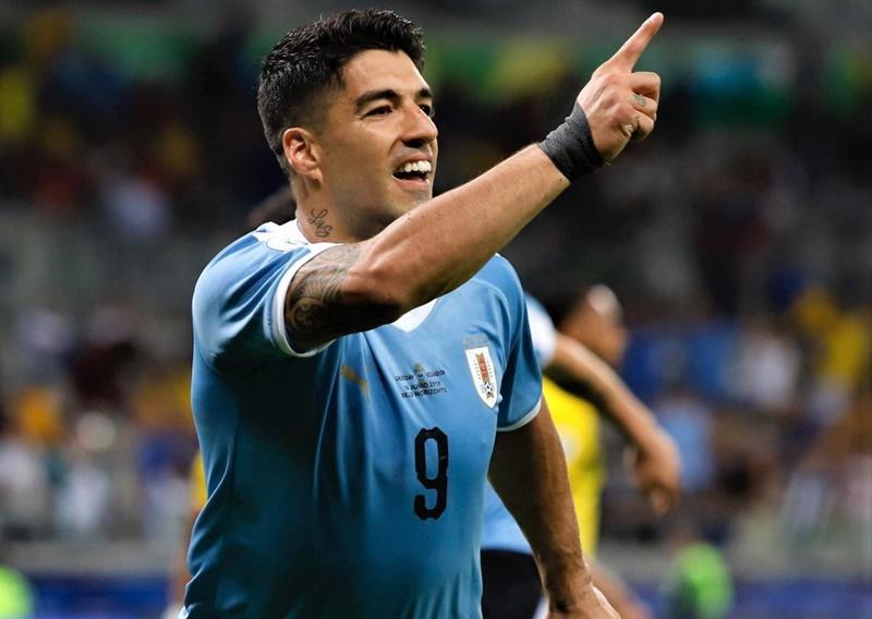 Uruguay superó 4-0 a Ecuador en su debut en la Copa América