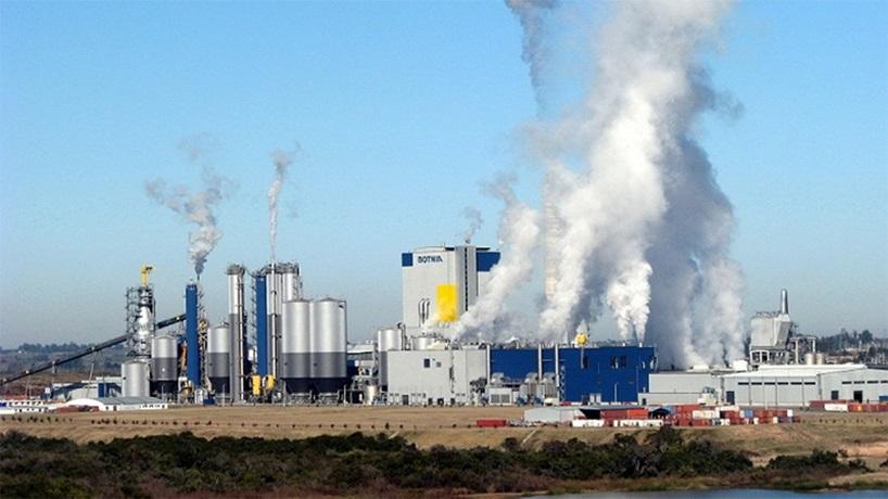 """El """"olor a Botnia"""", un olor ácido, penetrante, inevitablemente industrial, que a nadie le importa"""